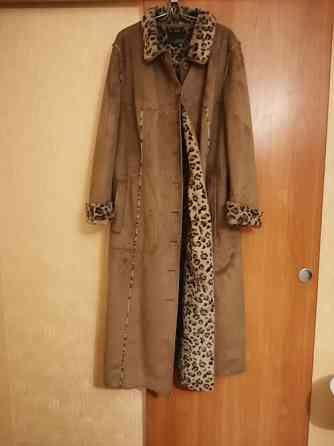 Продам Пальто размер 58
